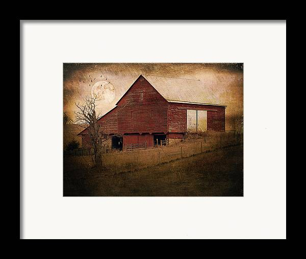 Barn Framed Print featuring the photograph Red Barn In The Evening by Kathy Jennings