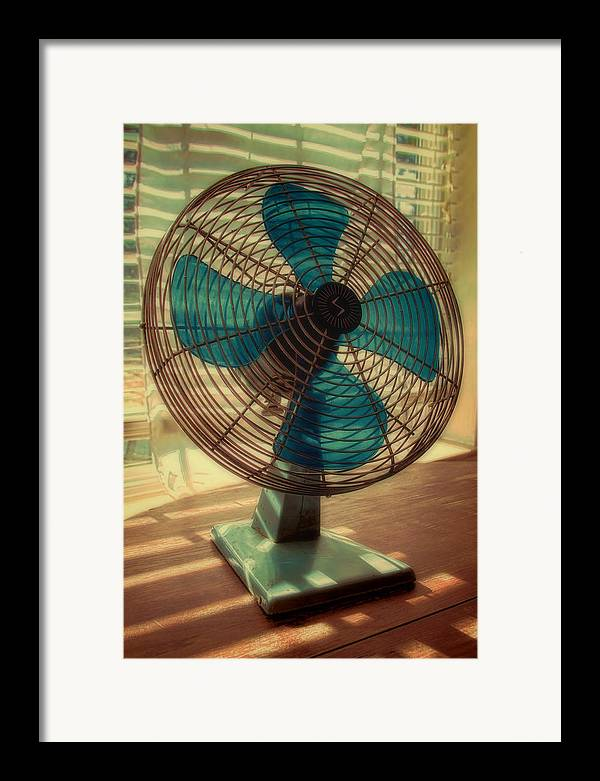 Retro Framed Print featuring the photograph Retro Fan by Tony Grider