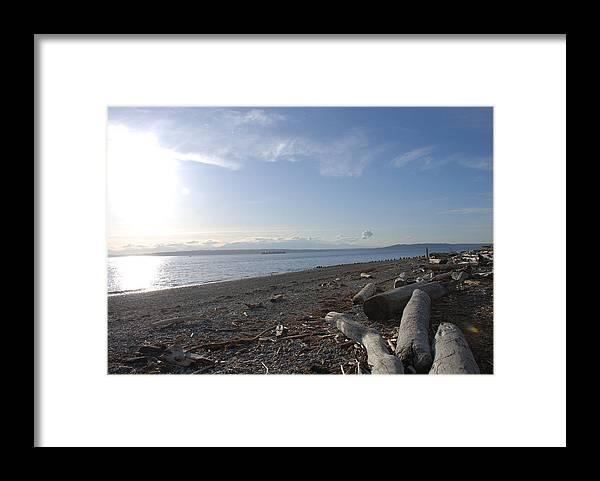 Beach Framed Print featuring the photograph Richmond Beach by Michael Merry