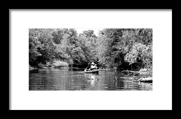 Riverbend Framed Print featuring the photograph Riverbend Park by Ama Arnesen