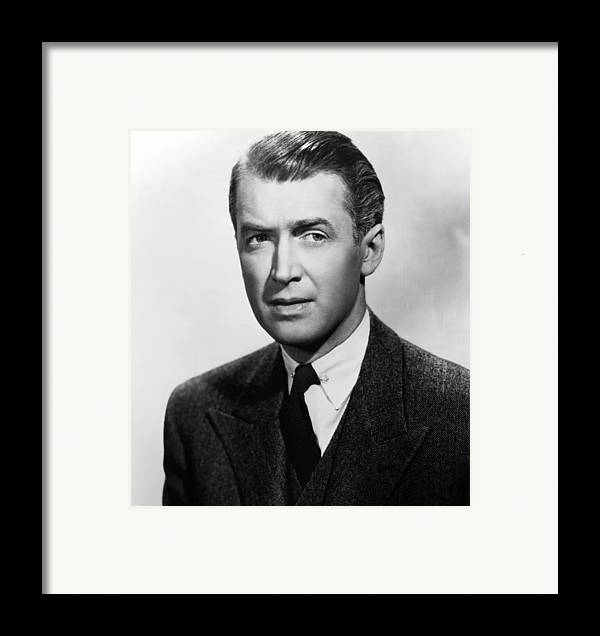 1940s Portraits Framed Print featuring the photograph Rope, James Stewart, 1948 by Everett