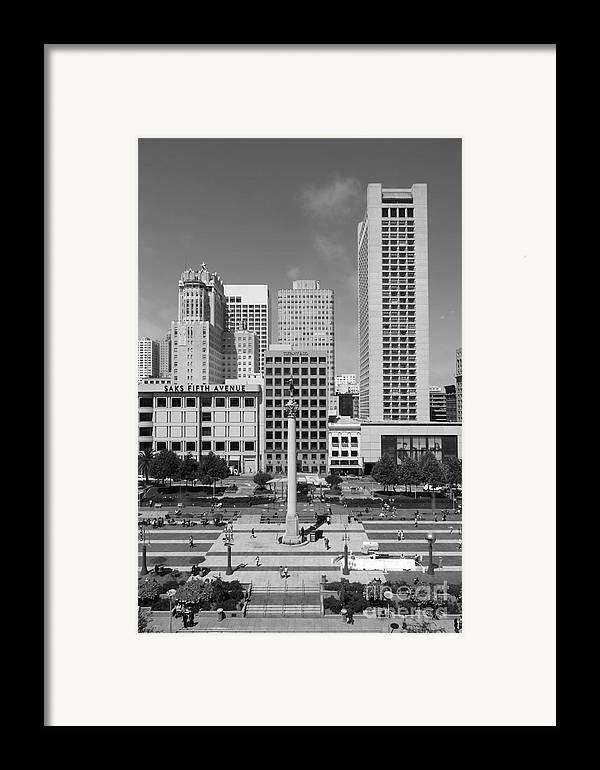 Black And White Framed Print featuring the photograph San Francisco - Union Square - 5d17941 - Black And White by Wingsdomain Art and Photography