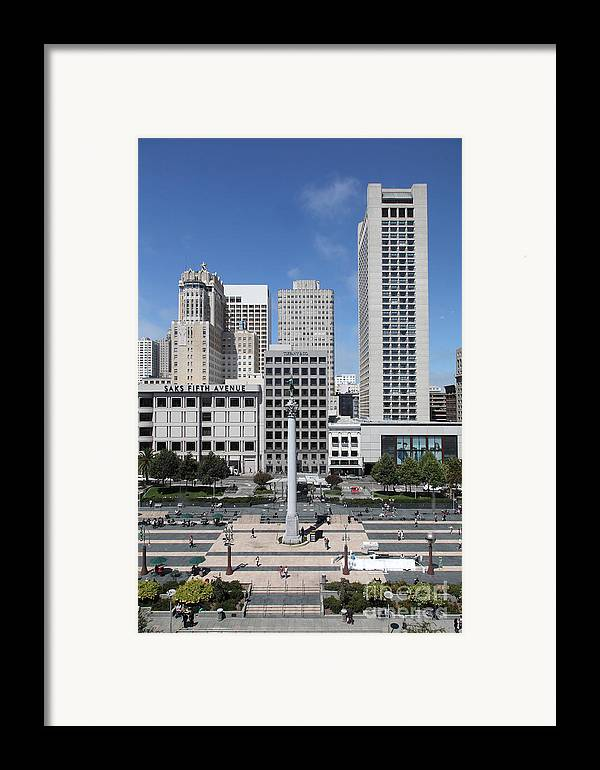 San Francisco Framed Print featuring the photograph San Francisco - Union Square - 5d17941 by Wingsdomain Art and Photography