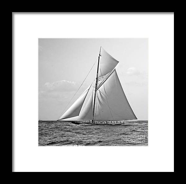 Shamrock Ii At Outer Mark 1901 Bw Framed Print featuring the photograph Shamrock II At Outer Mark 1901 Bw by Padre Art