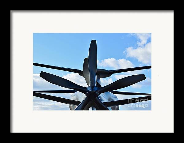 Model Framed Print featuring the photograph Sikorsky X2 Demonstrator Model by Lynda Dawson-Youngclaus