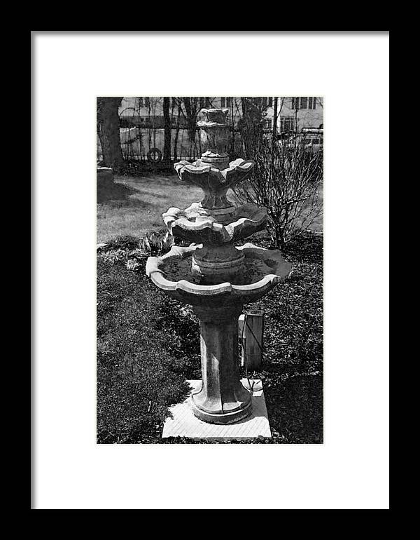 Black And White Water Bird Bath Framed Print featuring the photograph Silent Fountain II by Sarah Reed