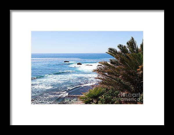 America Framed Print featuring the photograph Southern California Coastline Photo by Paul Velgos