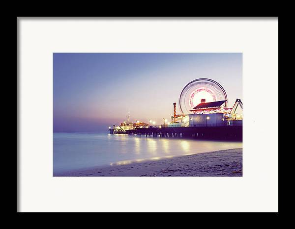 Horizontal Framed Print featuring the photograph Spinning by Dj Murdok Photos