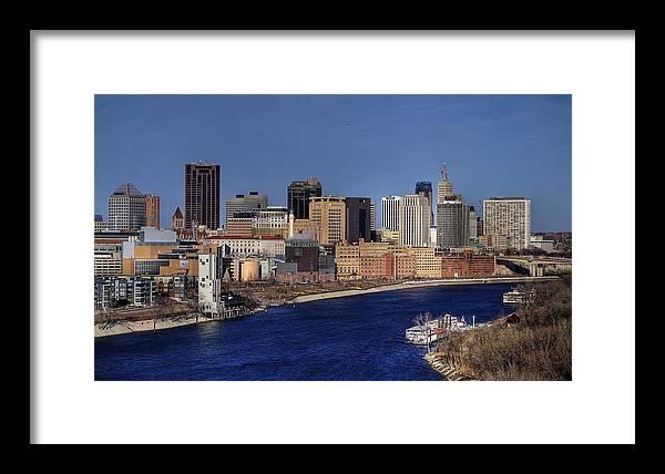 River Framed Print featuring the photograph St Paul Skyline by Sam Neumann