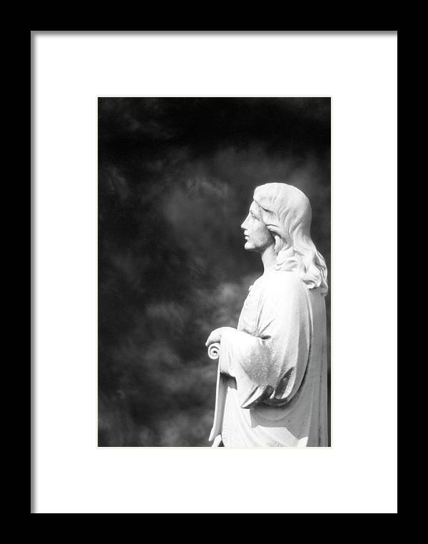 Statue Framed Print featuring the photograph Statue 06 Black And White by Thomas Woolworth
