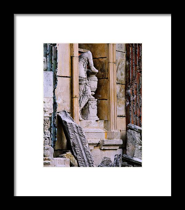 Architectural Framed Print featuring the photograph Statue In A Niche by Greg Matchick