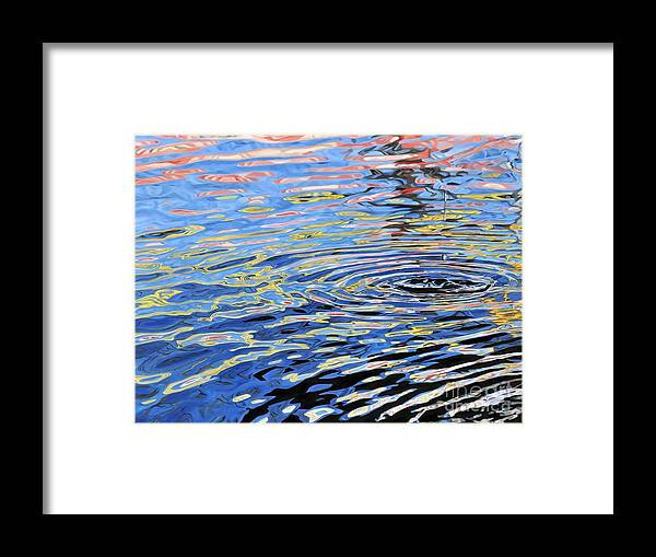 Water Framed Print featuring the painting Street Reflections by Carina Mascarelli
