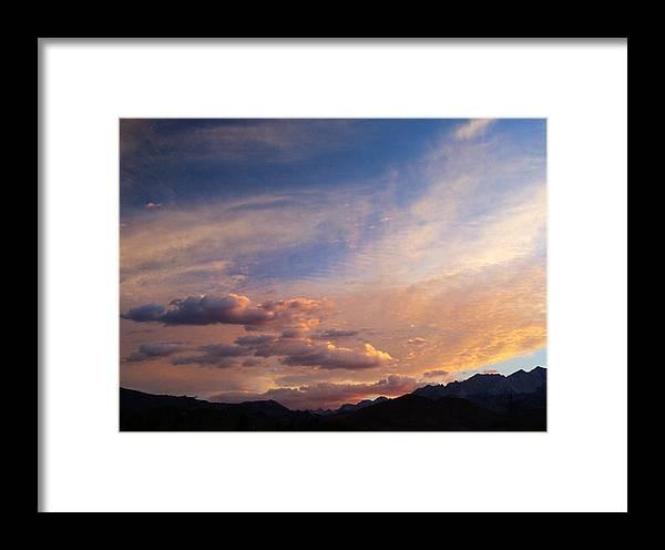 California Sunset Framed Print featuring the photograph Sundown On The Sierras by Joe Schofield