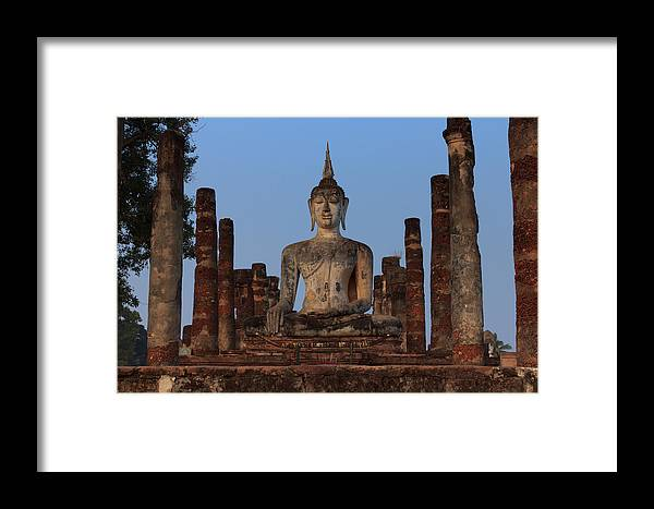 Antique Framed Print featuring the photograph Sunrise In The Temple by Thomas von Aesch