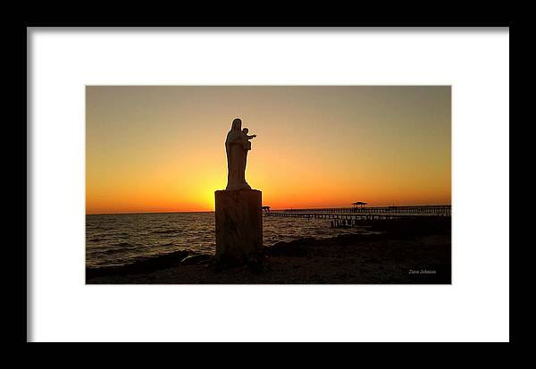 Rockpoort Texas Framed Print featuring the photograph Sunrise Silhoutte by Dave Johnson