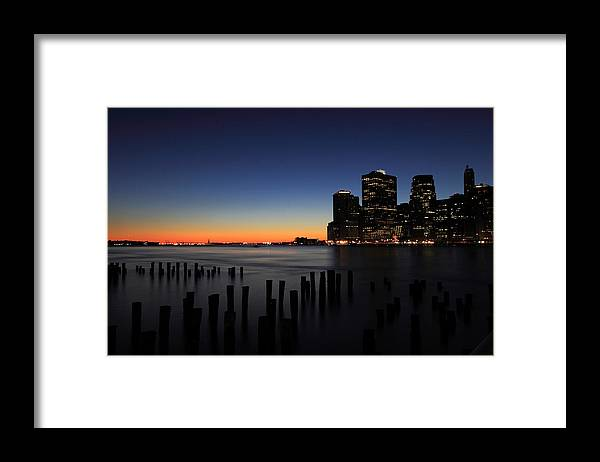 New York City Framed Print featuring the photograph Sunset in Manhattan by Kean Poh Chua