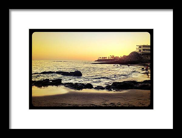 Beach Framed Print featuring the photograph Sunset On The Rocks by Sebastian Acevedo