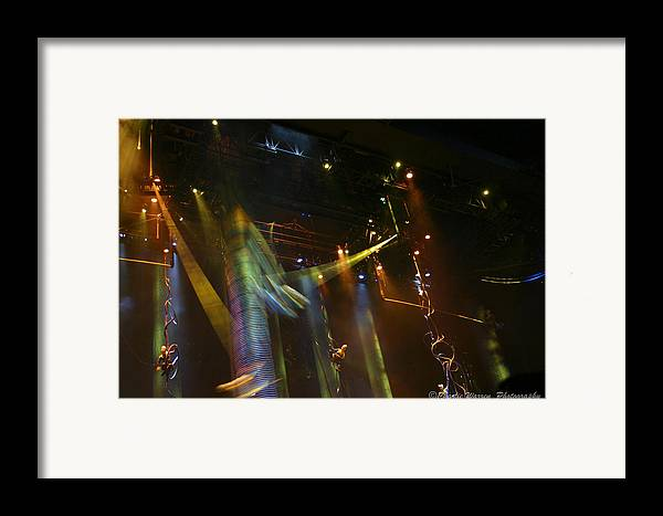Las Vegas Framed Print featuring the photograph Swinging by Charles Warren