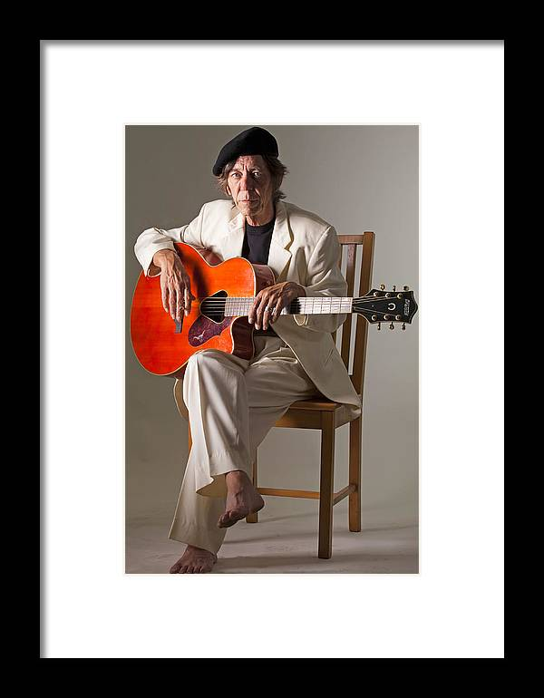Syd Kitchen Framed Print featuring the photograph Syd Kitchen And His Gretsch Guitar by Miguel Capelo