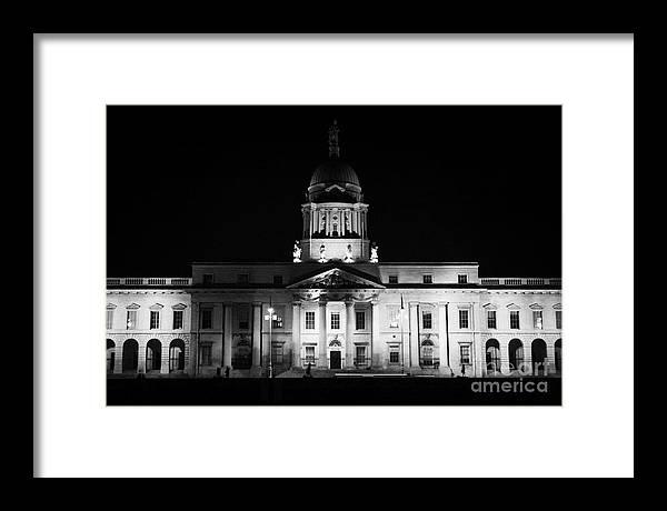 Dublin Framed Print featuring the photograph The Custom House Dublin by Joe Fox