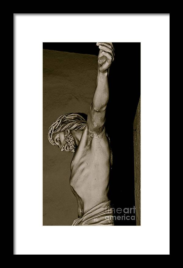 Christ Framed Print featuring the photograph The Ultimate Sacrifice by Lori Leigh
