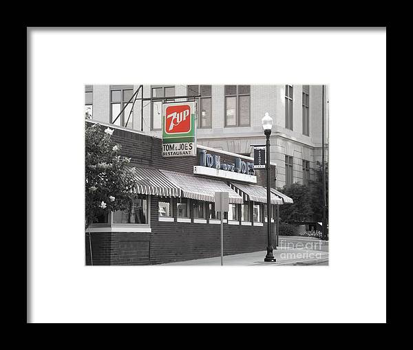 Diner Framed Print featuring the photograph Tom And Joes 2 by Chad Thompson