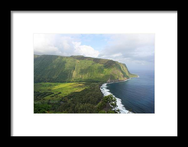 Waipio Valley Framed Print featuring the photograph Waipio Valley by Scott Rackers