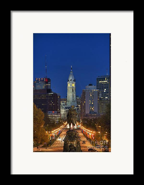 Art Museum Circle Framed Print featuring the photograph Washington Monument And City Hall by John Greim