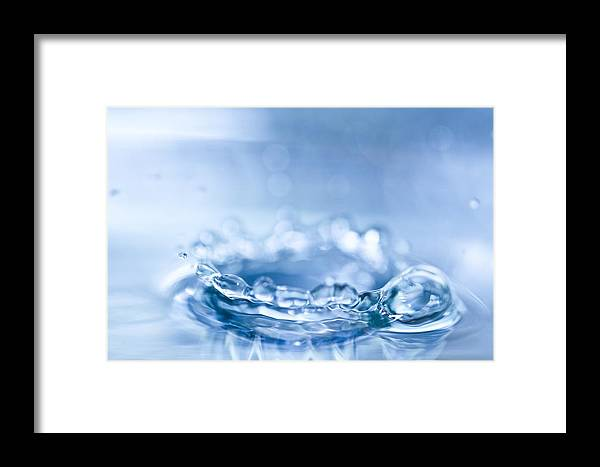 Waterdrop Framed Print featuring the photograph Waterdrop3 by Danielle Silveira