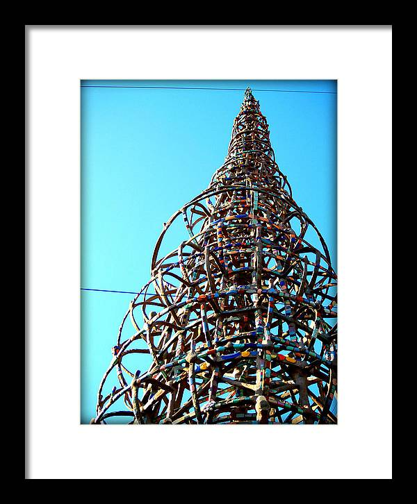 Libra.love.freedom Framed Print featuring the photograph WATTS Up by D Wash