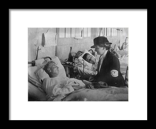 1910s Framed Print featuring the photograph World War I, Taking A Message For Home by Everett