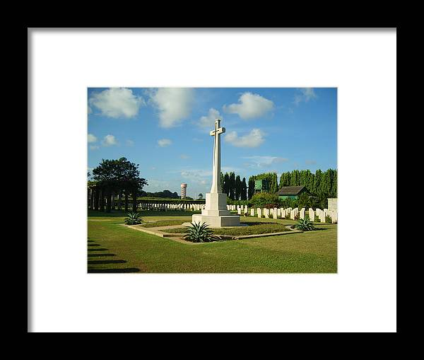 Second World War Framed Print featuring the photograph World War Memorial by Franklyn Stanley