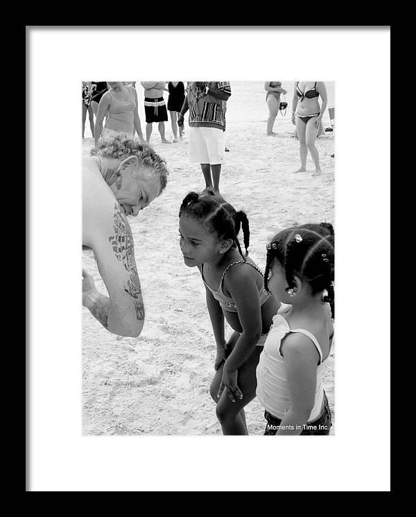 Carribean Framed Print featuring the photograph Young Art Critics by Glenn McCurdy