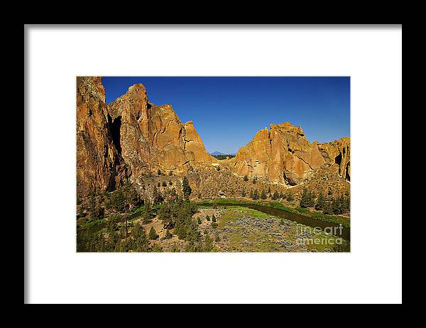 Oregon Framed Print featuring the photograph Crooked River At Smith Rock State Park Oregon by Rich Walter