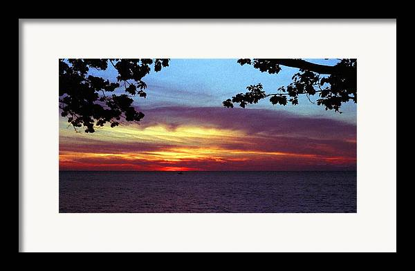 Sunset Framed Print featuring the photograph 070506-68 by Mike Davis