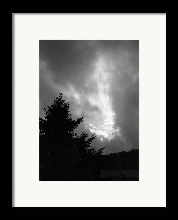 Sky Framed Print featuring the photograph 072306-31bw by Mike Davis