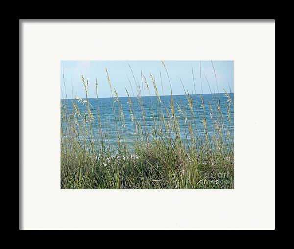 Beach Framed Print featuring the photograph Afternoon At The Beach by Barb Montanye Meseroll