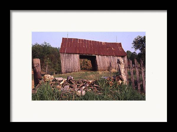 Framed Print featuring the photograph Lloyd Shanks Barn 4 by Curtis J Neeley Jr