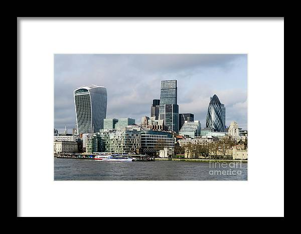 London Framed Print featuring the photograph London City by Arild Lilleboe
