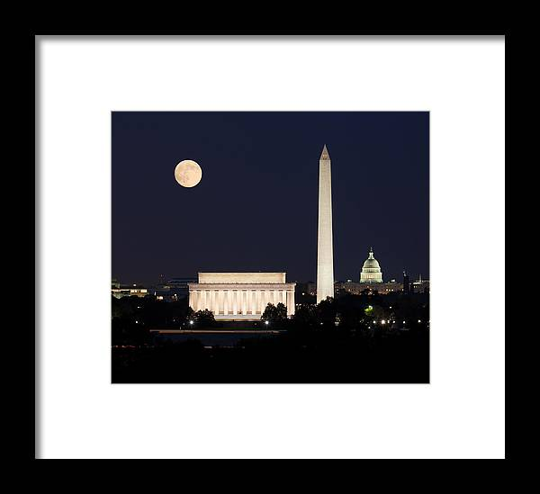 Moon Framed Print featuring the photograph Moon Rising In Washington Dc by Steven Heap