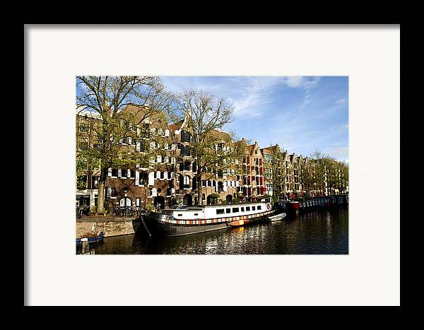 Prinsengracht Framed Print featuring the photograph Prinsengracht by Fabrizio Troiani