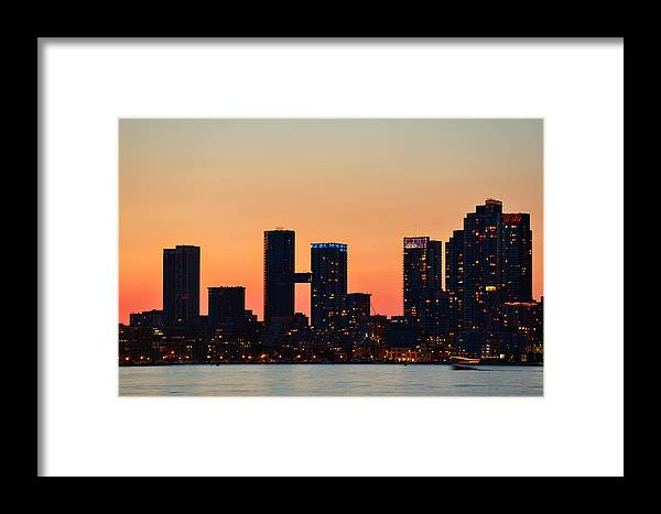 Toronto Framed Print featuring the photograph Toronto Sunset by Songquan Deng