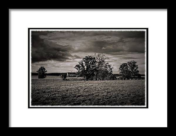 Gettysburg Framed Print featuring the photograph 101714-380 by Mike Davis