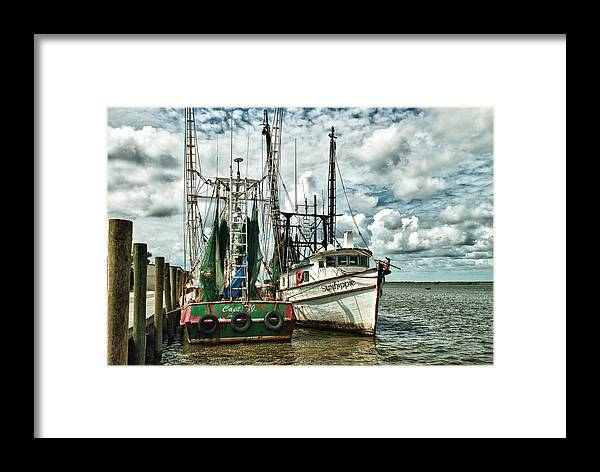 Hdr Framed Print featuring the photograph Apalachicola Bay by Wayne Denmark