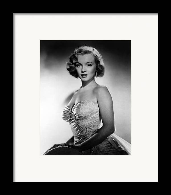 1950 Movies Framed Print featuring the photograph All About Eve, Marilyn Monroe, 1950 by Everett