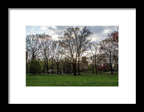 Nyc Framed Print featuring the photograph Central Park Views by Robert J Caputo