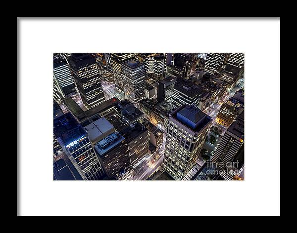 Melbourne Framed Print featuring the photograph Melbourne At Night by Ray Warren