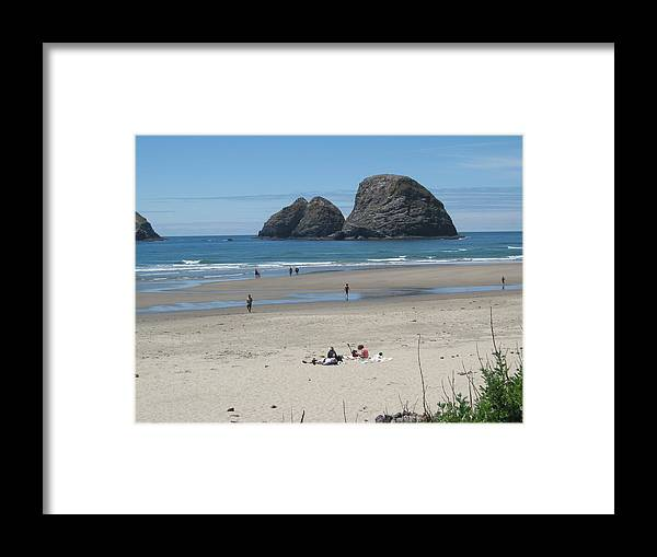 Framed Print featuring the photograph Oregon Coast by Terri Warner