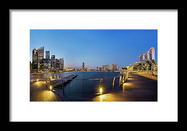Cityscape Framed Print featuring the photograph Singapore - Marina Bay by Ng Hock How