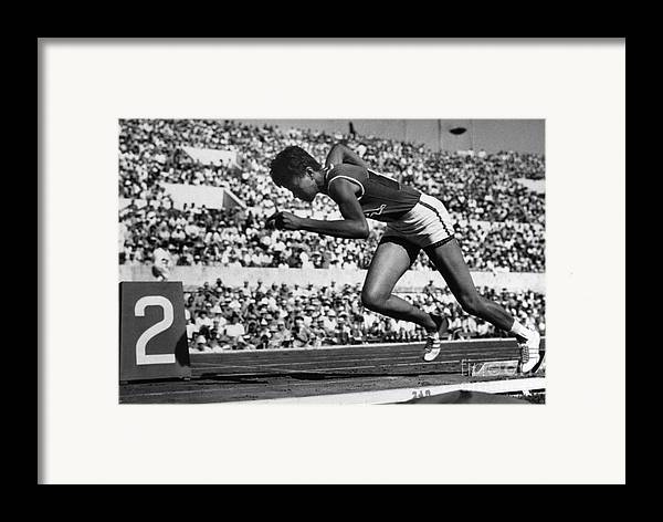 1960 Framed Print featuring the photograph Wilma Rudolph (1940-1994) by Granger